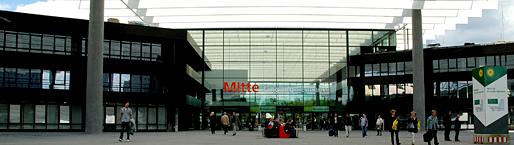 Die Nürnberger Messe von außen.