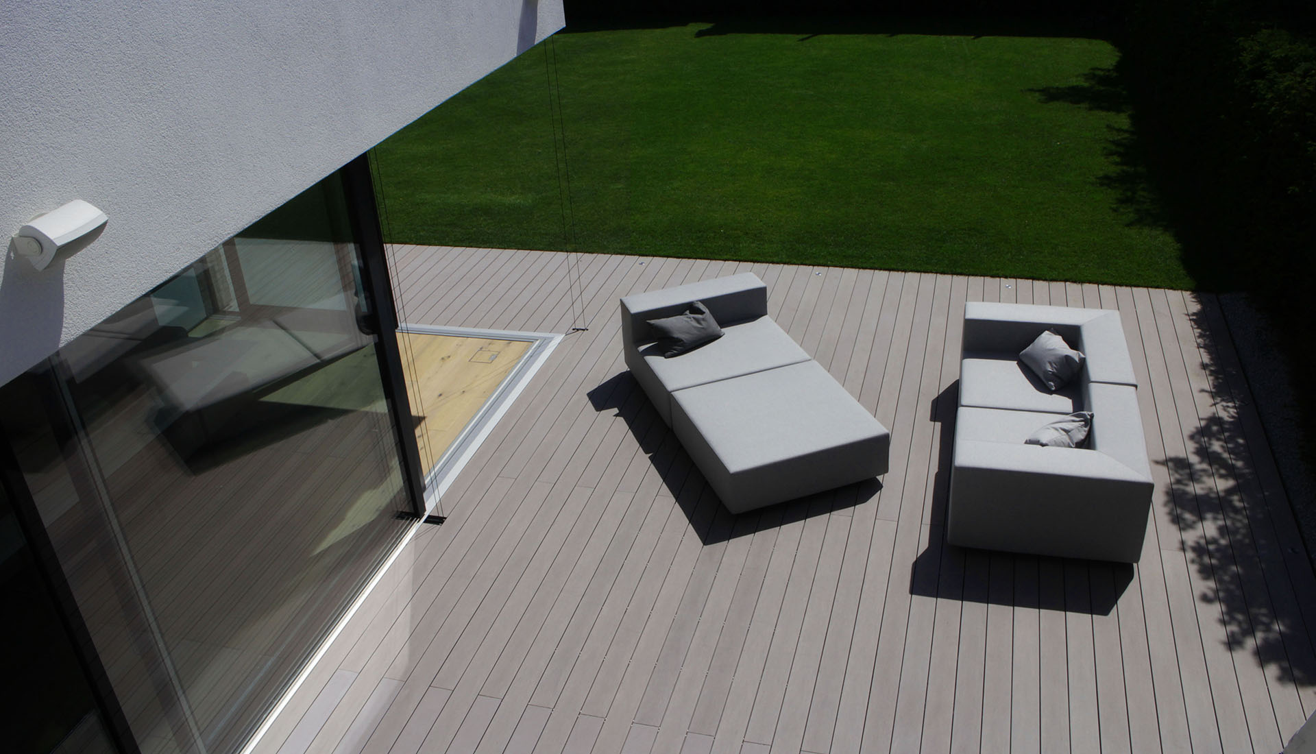 wpc terrassendielen f r terrasse poolumrandung. Black Bedroom Furniture Sets. Home Design Ideas