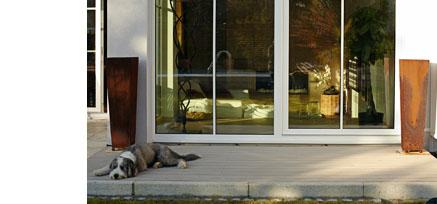 kundenfeedback pressereport zu unseren premium dielen. Black Bedroom Furniture Sets. Home Design Ideas