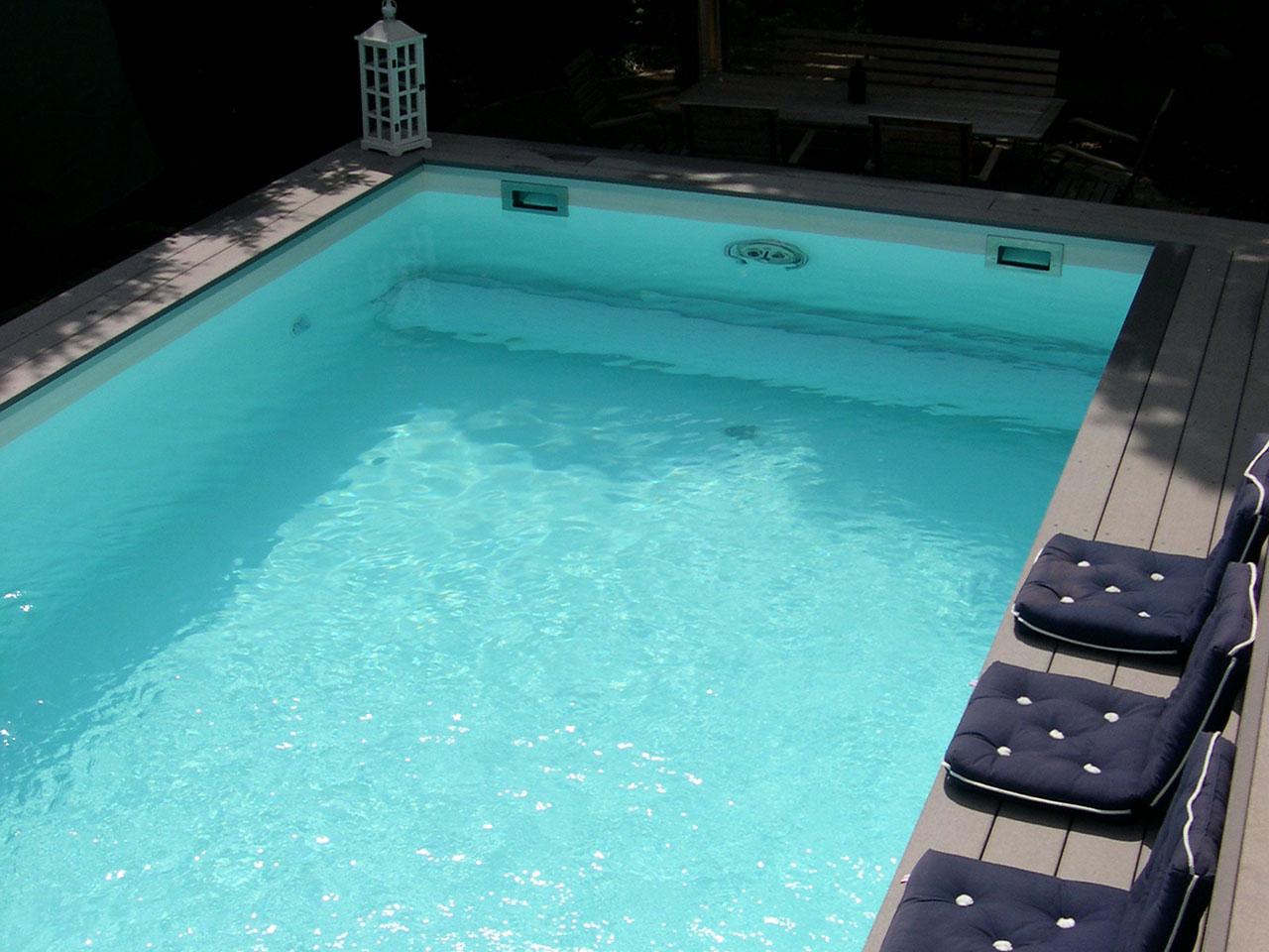 poolumrandungen aus premium wpc holz kunststoff. Black Bedroom Furniture Sets. Home Design Ideas