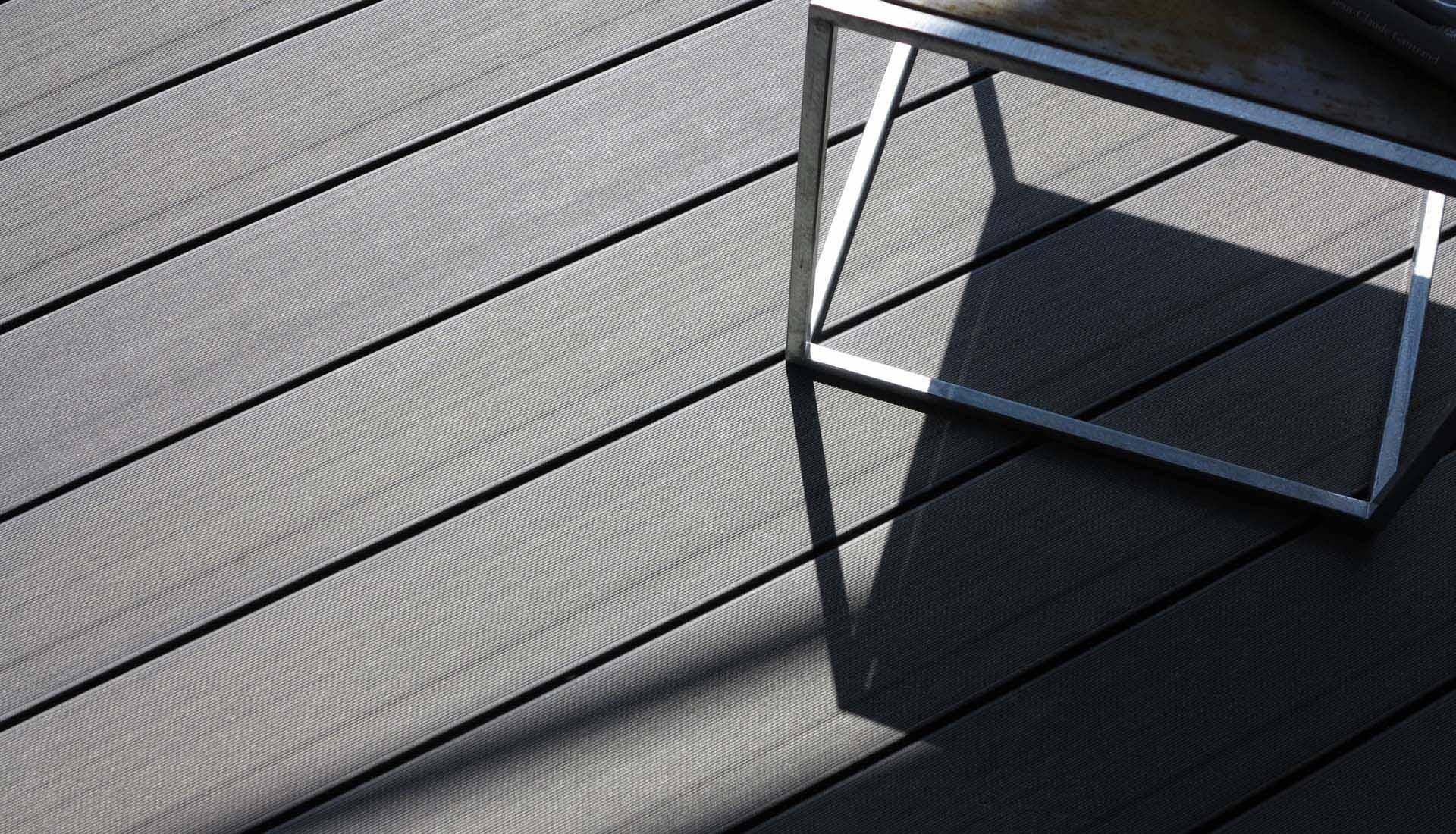 balkonboden aus premium wpc holz kunststoff. Black Bedroom Furniture Sets. Home Design Ideas