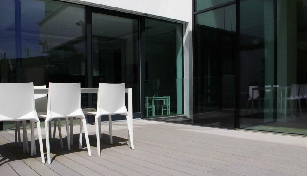 langj hrige gew hrleistung der wpc dielen von mydeck. Black Bedroom Furniture Sets. Home Design Ideas