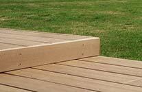 Ob zum verdecken der Unterkonstruktion oder zum Abschluss der Terrasse - die Abschlussleiste.