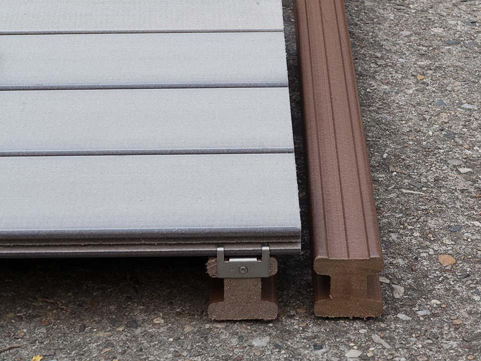Der passende Unterbau zu den massiven WPC Terrassen len