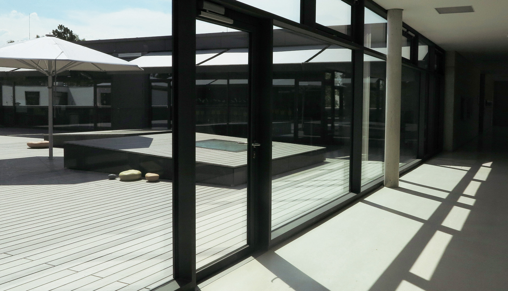 Die Optimale Verlegerichtung Auf Der Terrasse Oder Dem Balkon