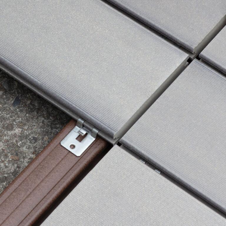 Der Standard Clip kann auch für die Verschraubung der Dielen an Stößen verwendet werden.
